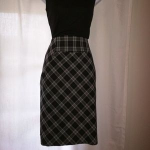 Express Design Studio Skirt Women's Sz 2
